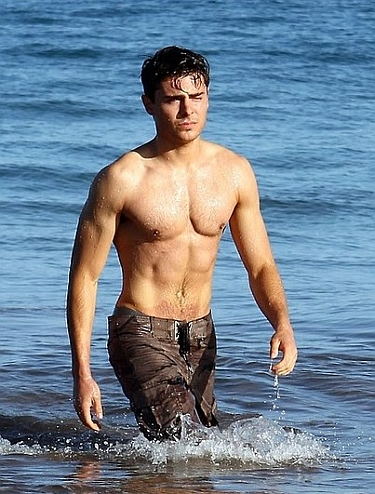 2187721-zac_efron_shirtless_102