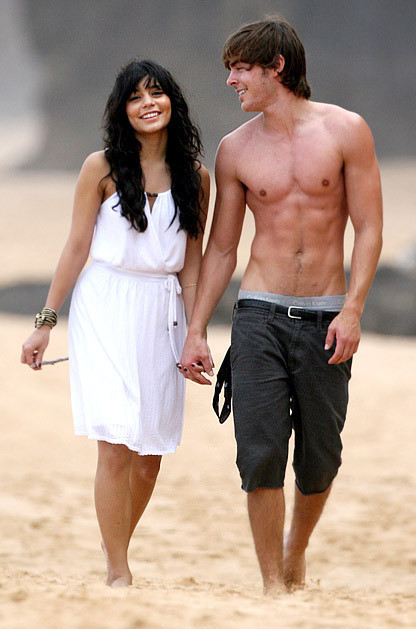 shirtless-zac-efron-and-vanessa-hudgens