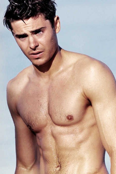 zac-efron-sexy-shirtless-naked-hot-2012